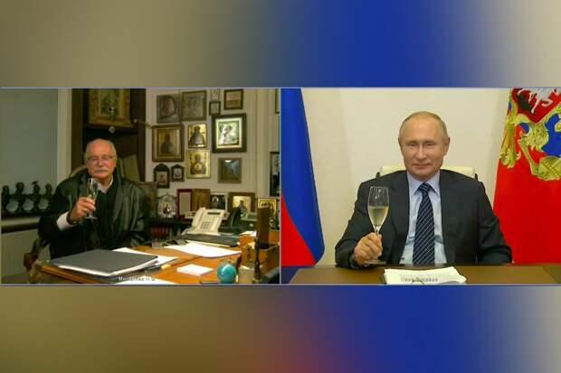 Ровесник Великой Победы: Друзья и близкие поздравили Никиту Михалкова с юбилеем