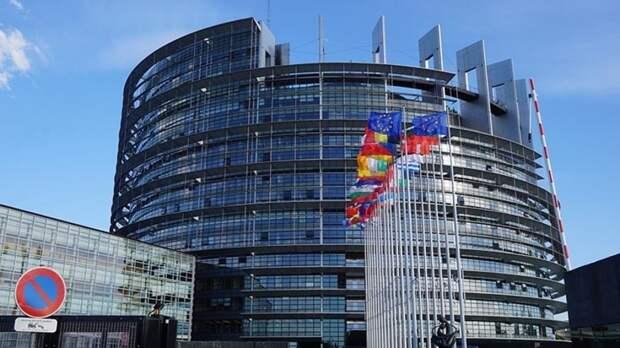 """Евросоюз не нашел информацию о """"причастности"""" РФ к инциденту с самолетом Ryanair"""