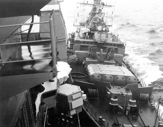 Навал советского СКР «Беззаветный» на американский крейсер «Йорктаун». 12.02.1988 г.