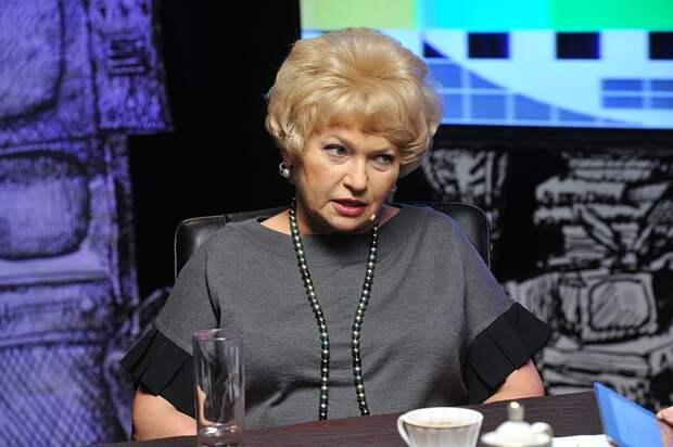 Сенатор Людмила Нарусова предложила ужесточить выдачу разрешений на оружие