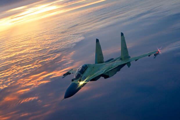 В Крыму два летчика случайно катапультировались из стоящего на земле самолета Су-30М