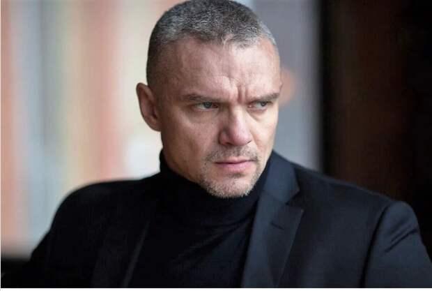 Владимир Епифанцев помогает матери заботиться о племяннике с ДЦП