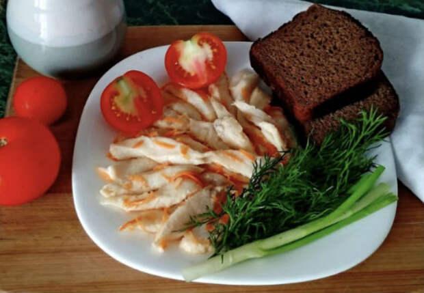 Чистим щуку на филе рыбацким способом и жарим в остром соусе