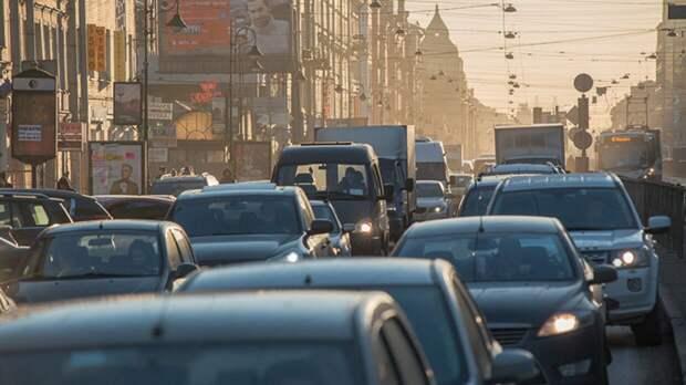 В Петербурге введут новые ограничения движения транспорта с 19 мая