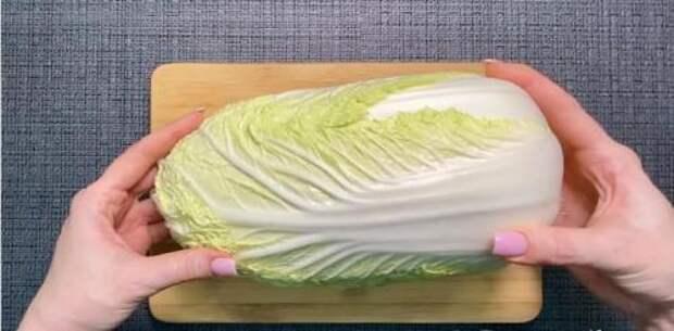 Не успеваю покупать пекинскую капусту. Вот какой «Огненный» салат я из нее готовлю