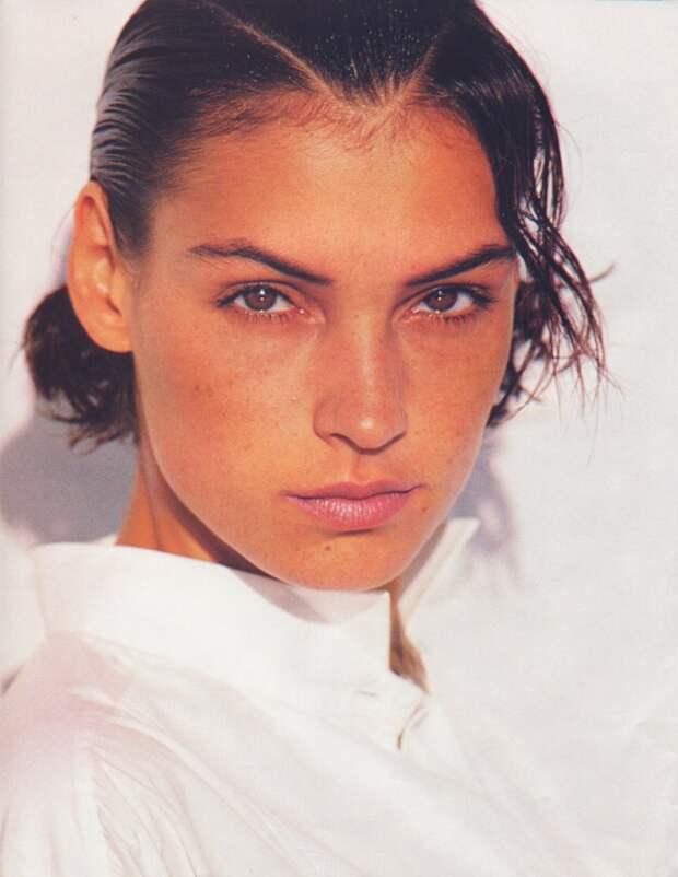 Красотка из 90 -ых Фамке Янссен.