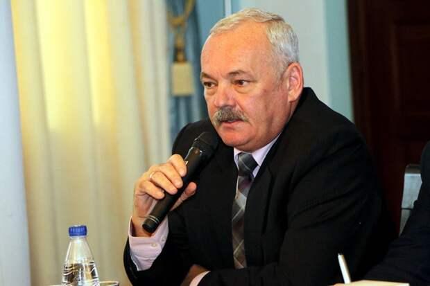 «ИНФОРМЕР» предупреждал об аппетитах севастопольского чиновника (фото)