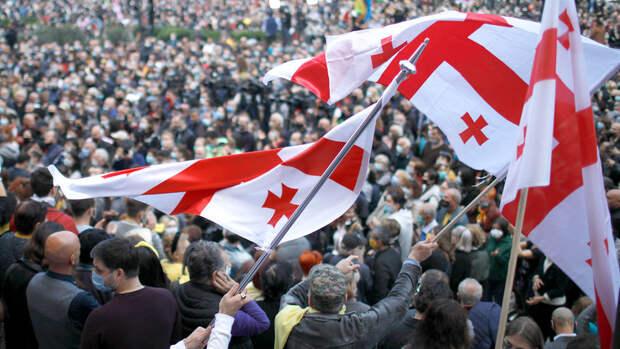 В Грузии власти и оппозиция заключили перемирие