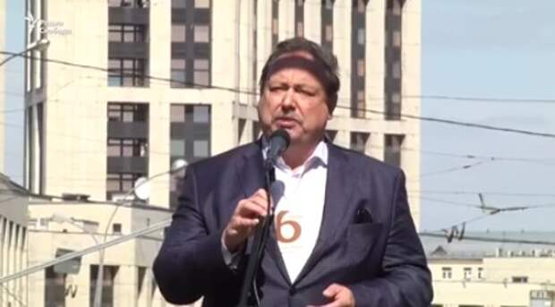 Хитрый призыв к перевороту: Гудков выступает на митинге в честь годовщины Болотной (видео)