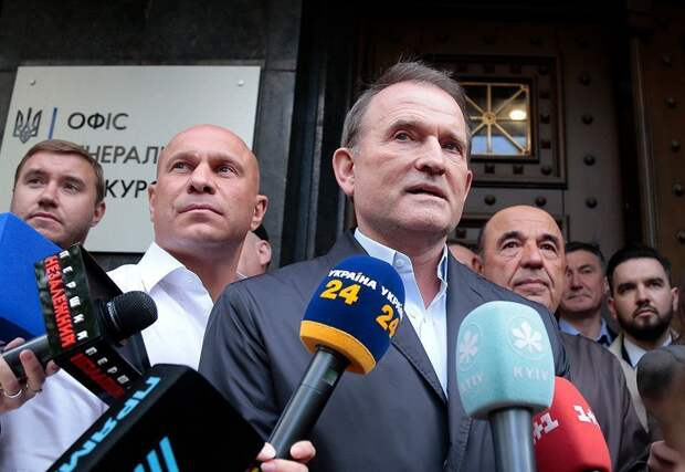 Суд отправил Виктора Медведчука под домашний арест