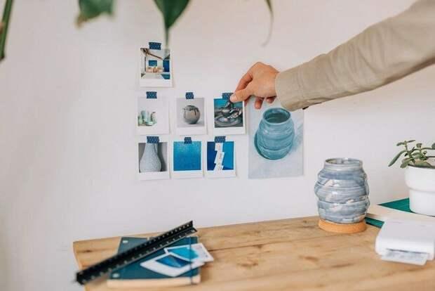 Для создания мудборда можно использовать любые доступные поверхности — от пустой стены и доски для записей до страниц альбома.