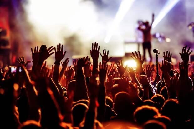 Wink представляет лучшие концерты отQello Concerts byStingray