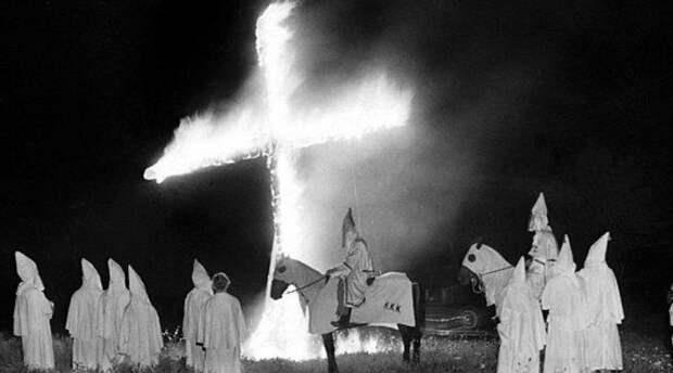 Самые страшные ритуалы банд мира