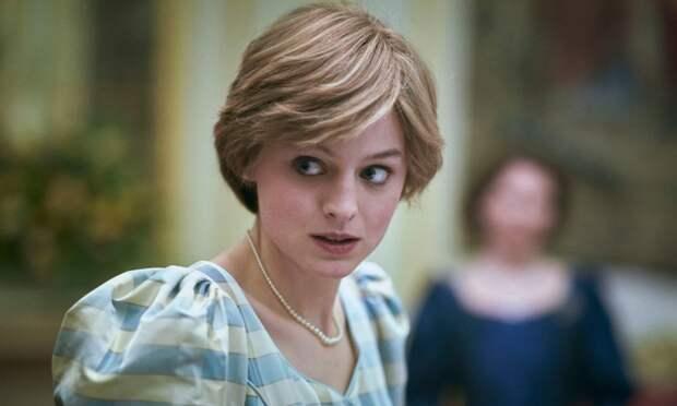 Как упаковщица стала принцессой: Что известно об Эмме Коррин, которая сыграла Диану Спенсер в сериале «Корона»