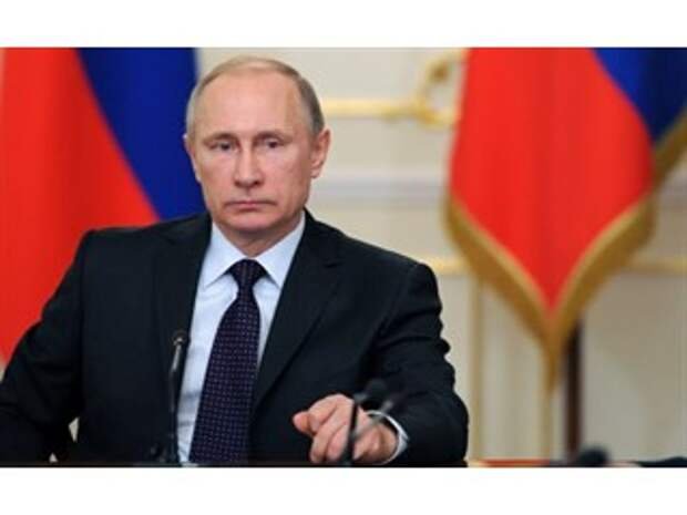 Путин: Коллаборационисты — все, кто согласен с переписыванием истории войны