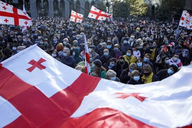 Грузинская оппозиционная партия прекратила семимесячный бойкот парламента