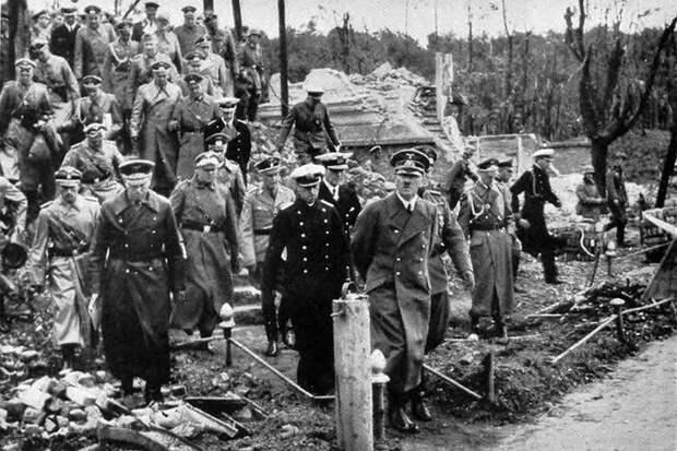 Амнезия или просто подлость: в своем поражении от гитлеровцев поляки вновь обвинили Советский Союз