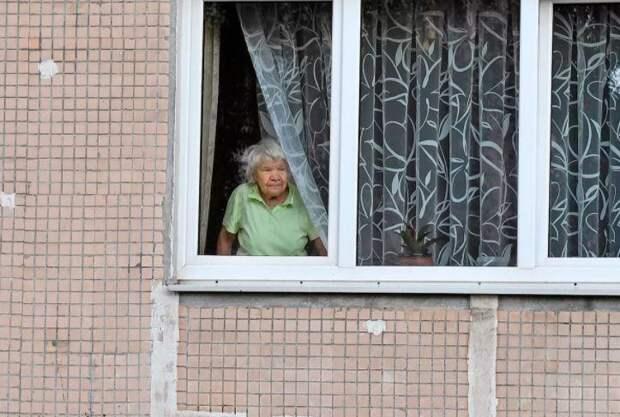 Стало известно о возможном введении в Москве карантина для пожилых людей