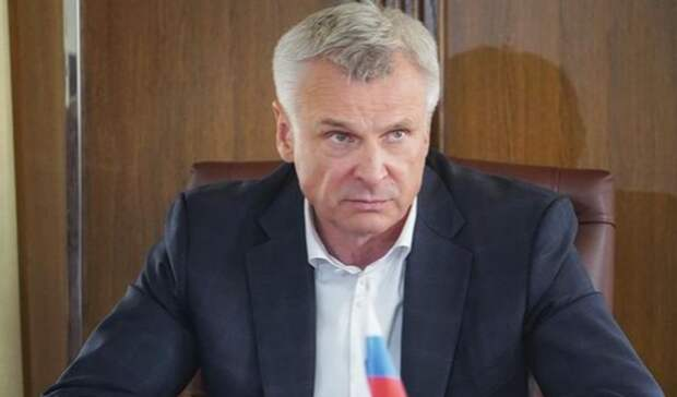 Экс-мэр Нижнего Тагила Сергей Носов«отругал» президента СШАвстихах