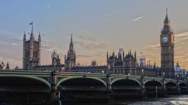 """Британцы объяснили, почему маневры ВС РФ у границ Украины """"напрягли"""" Вашингтон"""