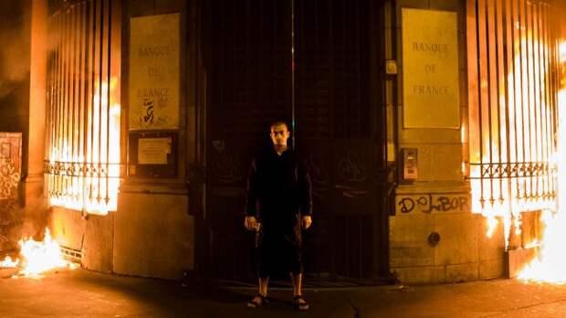 Французские приключения обдолбанного Павленского продолжаются павленский, франция, наркомания