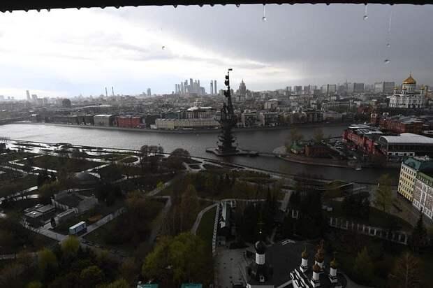 Москва встала в пробках 23 апреля 2021 из-за грозы