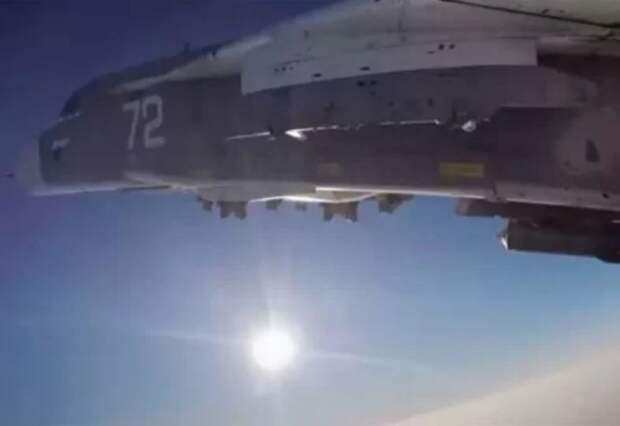 Британский эксперт: Сбрасывать бомбы перед иностранным кораблём – необычайно рискованно