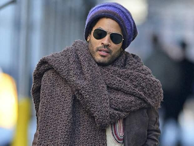 Экстравагантный мужской шарф.