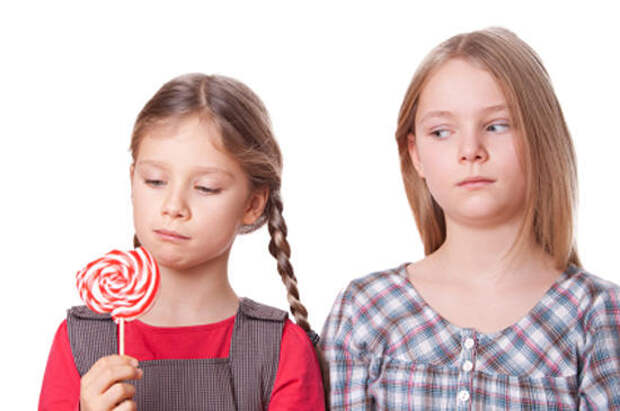 Как побороть зависть у детей