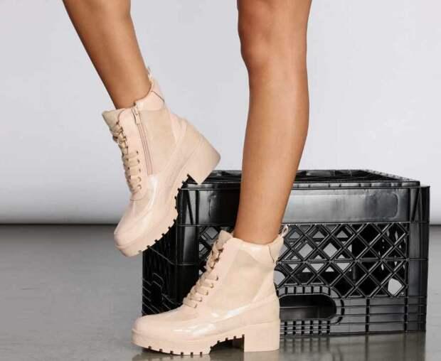Некоторые тренды осени 2021: женская одежда и обувь