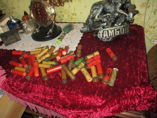 Жителя Рассказово задержали за незаконное хранение оружия