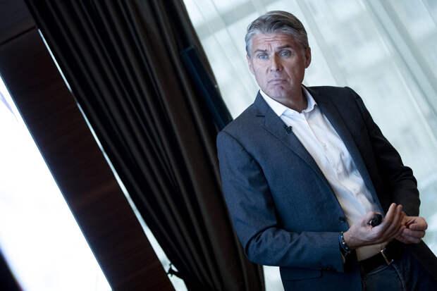 Глава судейского департамента УЕФА помог сборной России, сменив арбитра в Белграде – он тепло вспоминает работу в РФС
