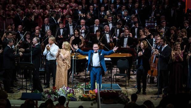 Максим Дунаевский напишет музыку для спектакля театра в Грозном