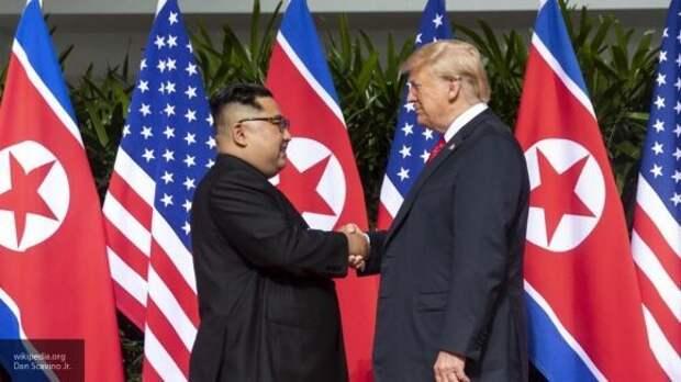 """Автор книги """"Ярость"""" рассказал о взаимоотношениях Трампа и Ким Чен Ына"""