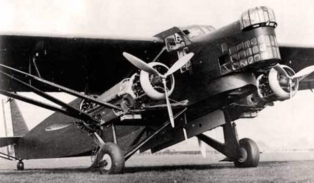 Farman F.221
