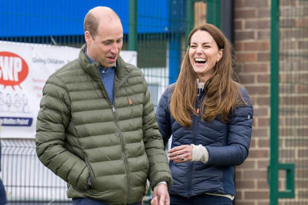 """Однокурсница принца Уильяма: """"Всякий раз, когда Кейт Миддлтон была в комнате, он обращал на нее внимание"""""""