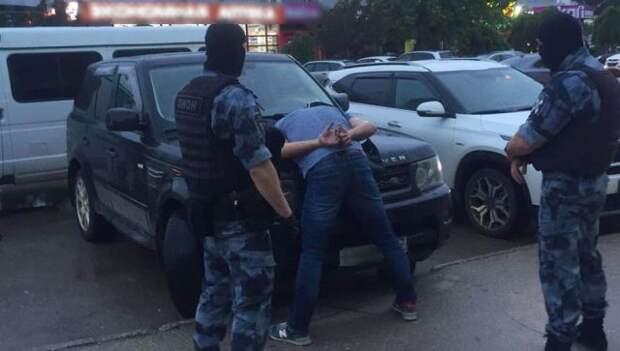В Евпатории за мошенничество задержали экс-директора МУПа