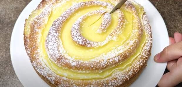 Вместо шарлотки – вся семья подсела на эту вкусняшку. Бесподобный яблочный пирог, который тает во рту