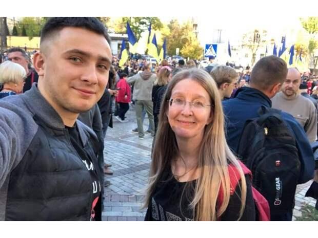 Украина-2020: неонацистские качели и мимикрия Зеленского