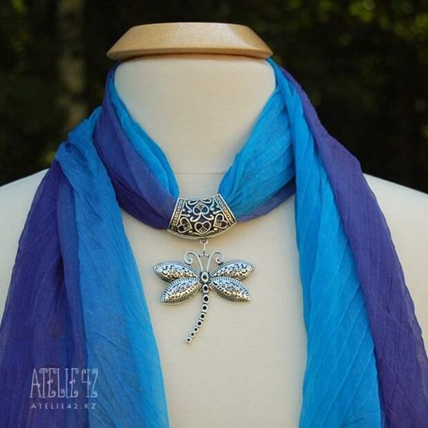 Простая и красивая идея для колье из шелкового шарфа. Подборка идей.
