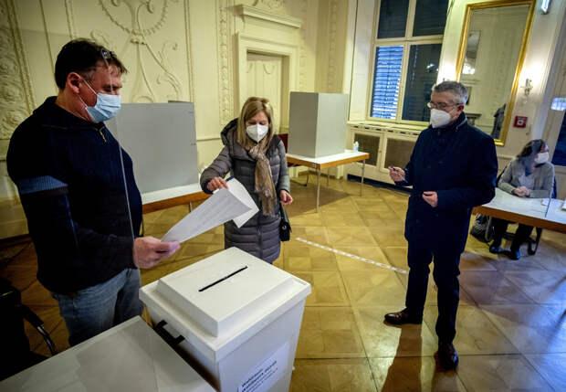 Объявлены предварительные итоги региональных выборов в Германии