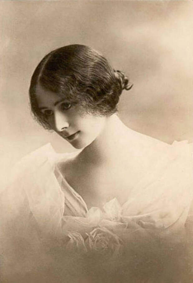 Клеопатра Диана де Мерод (1875-1966), около 1903 года