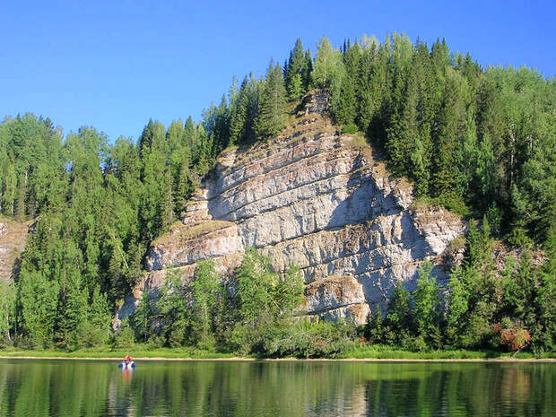 Камень Говорливый, река Вишера