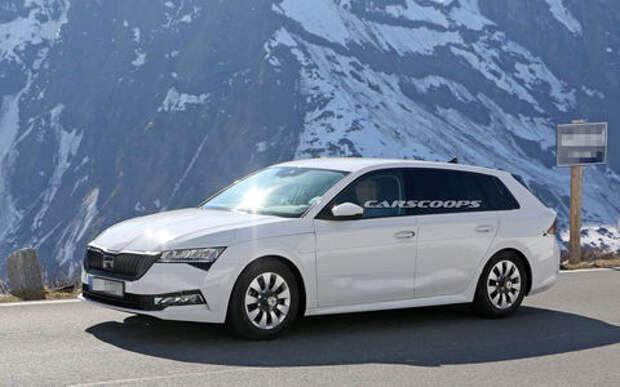 Новые фото новой Skoda Octavia: идут тесты в горах