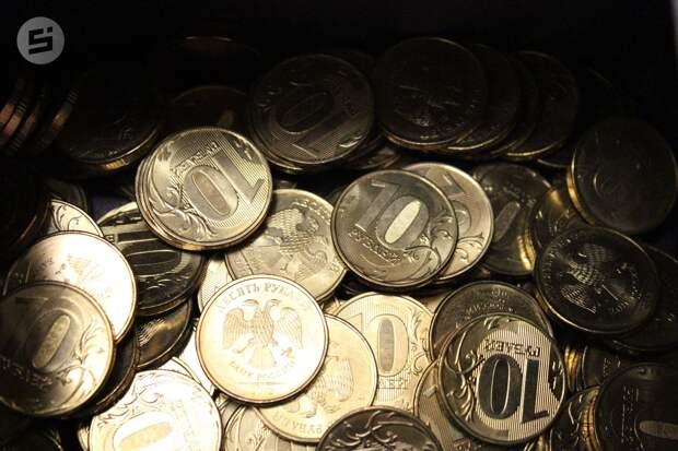 Рубль оказался самой недооцененной валютой по «индексу бигмака»