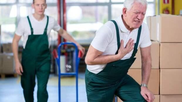 Боль в груди при инфаркте чаще бывает у мужчин