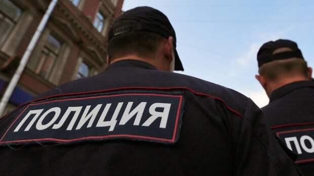 Казанский стрелок прошел в школу с автоматом через парадный вход