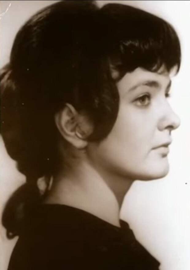 Марина Лобышева