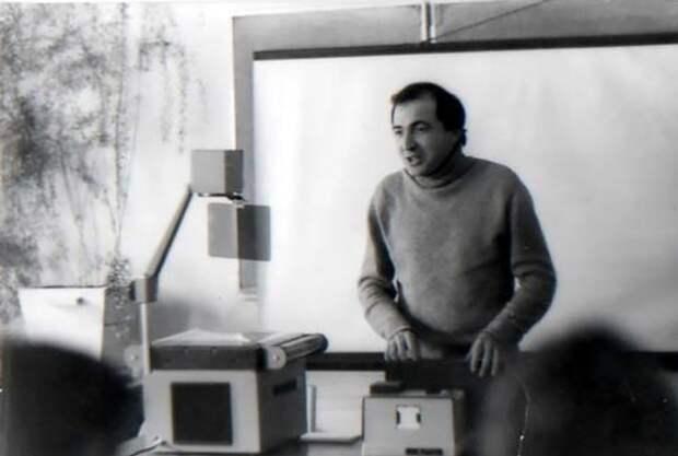 Младший научный сотрудник НИИ проблем управления АН СССР Борис Березовский, 1981 год
