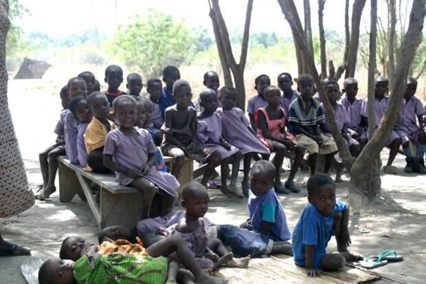Обычай «трокоси»: зачем вАфрике девочек отдают всексуальное рабство